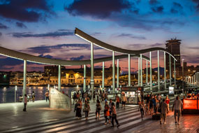 Leisure, tourist and commercial restructuring of Port Vell